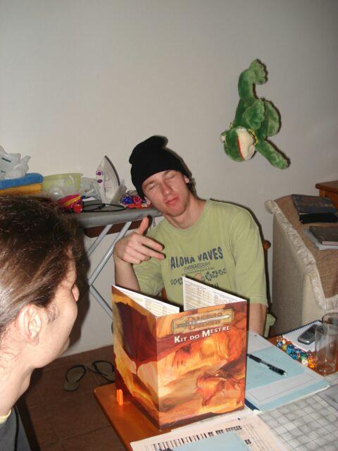 Eu jogando RPG anos atrás